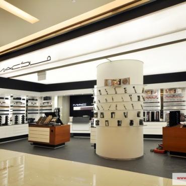 Boutique-MAC-(2)